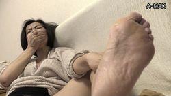 熟女の匂い立つ足裏 艶熟フェチ画報 Vol.6 -筒美かえで編-
