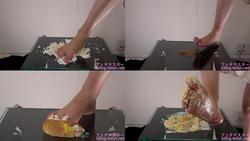 【フードクラッシュ】色々な食材を素足で踏みつけ! 後編 正面バージョン【結城のの】